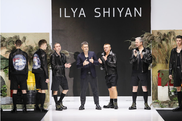 alligator leather and movie stars on the podium at the ILYA SHIYAN