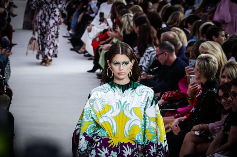 Valentino пропустит цифровую Неделю моды в Париже